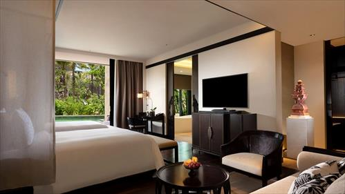 the-apurva-kempinski-bali_grand-deluxe-lagoon-twin-room