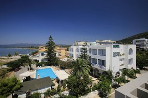 Kyparissia Beach Hotel 3* Sup,Κυπαρισσία Μεσσηνίας , καλοκαιρινές διακοπές, από 56 € το δωμάτιο, την διανυκτέρευση με Πρωινό!